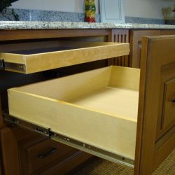 Pull Out Lid Organizer